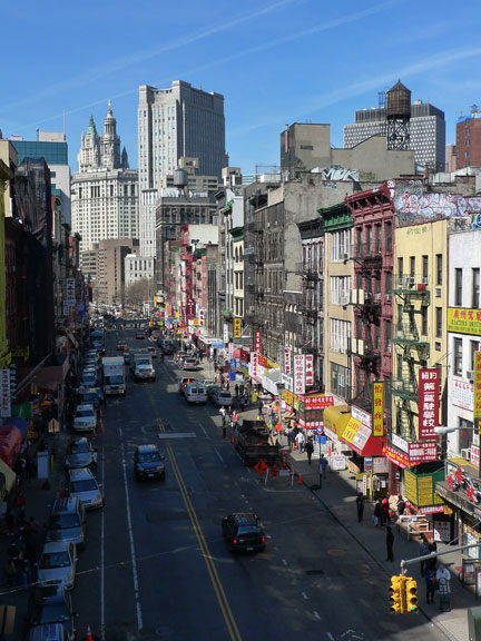 East Broadway, Chinatown, am Mittag des 25. Februar